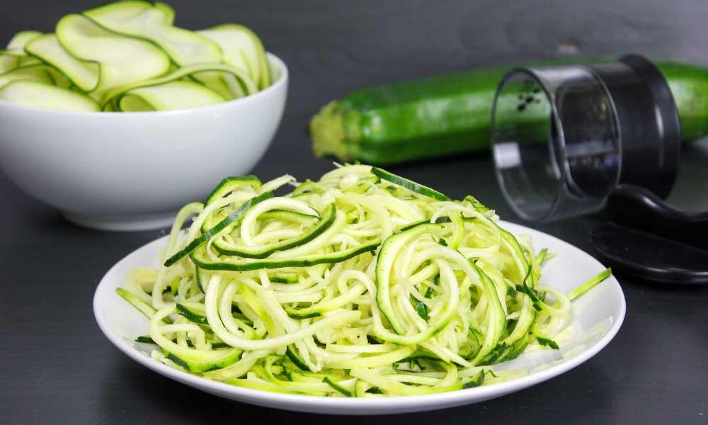 Zucchini Spaghetti machen