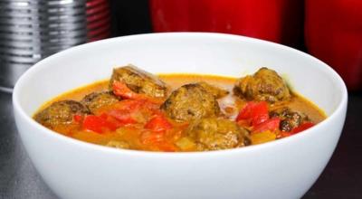Kokos Curry Hackbällchen
