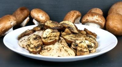 Hähnchen mit Champignons und Thymian Pilzpfanne