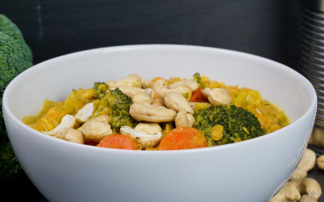 Pikantes Brokkoli-Curry mit roten Linsen